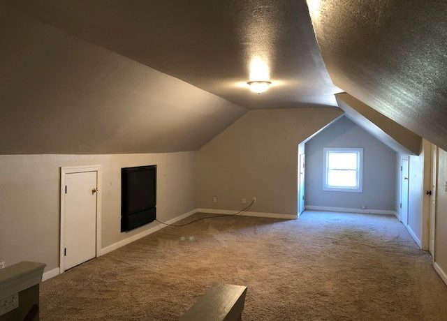 Upstairs bonus room1